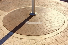 The Tanger Outlets Fort Worth enlisted our associate Texas Bomanite to carry over their Texas-themed aesthetic into the hardscape surfaces with an installation of over 145,000 SF of architectural concrete, which features four different Bomanite Bomacron patterns that were stamped onto the outdoor walkways to add distinct detail and ambiance.
